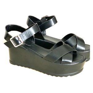 Shoes - Black Platform Sandals with buckle
